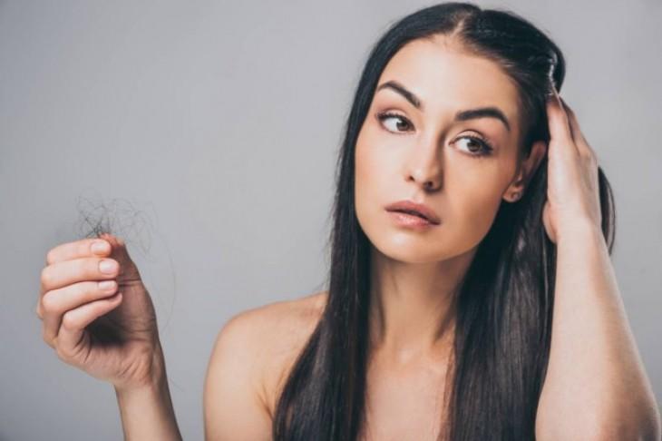 Kako sprečiti opadanje kose kod zena?