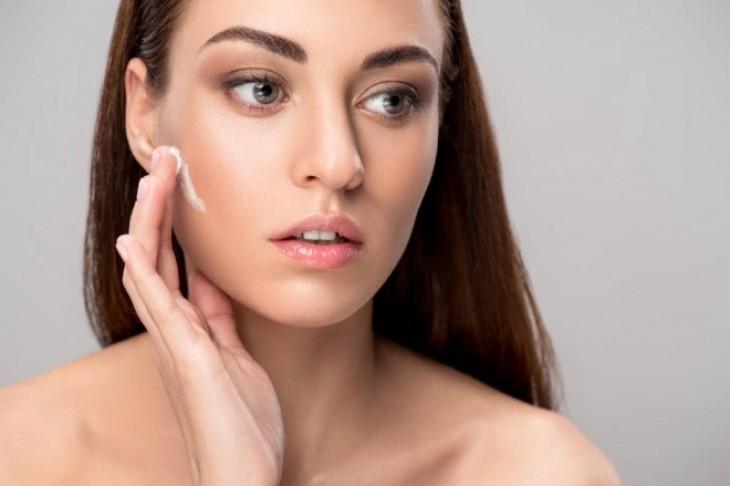 Najbolja hidratantna krema za lice za suvu kožu