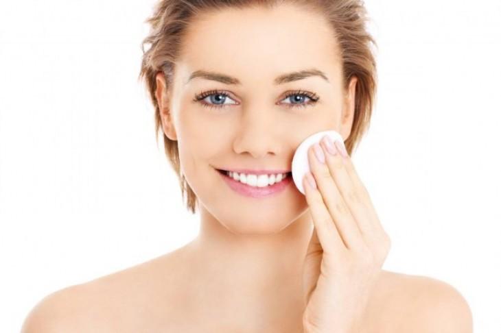 Kako negovati lice čija je koža masna ili mešovita?
