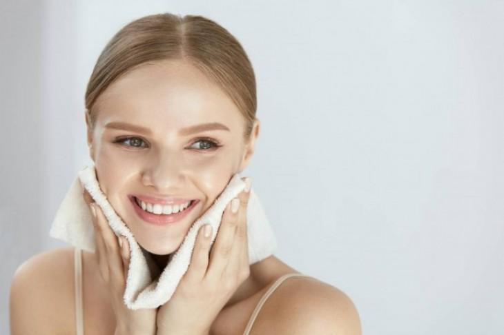 Čišćenje lica – tretmani za savršenu kožu