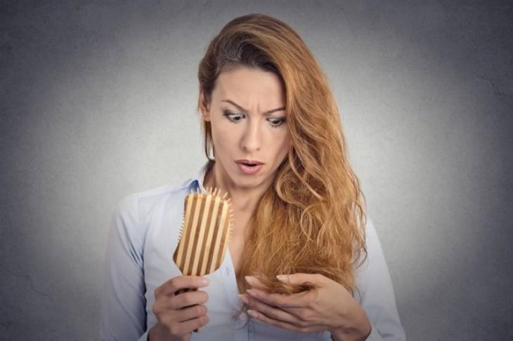 Nega ženske kose – kako sprečiti opadanje kose kod žena